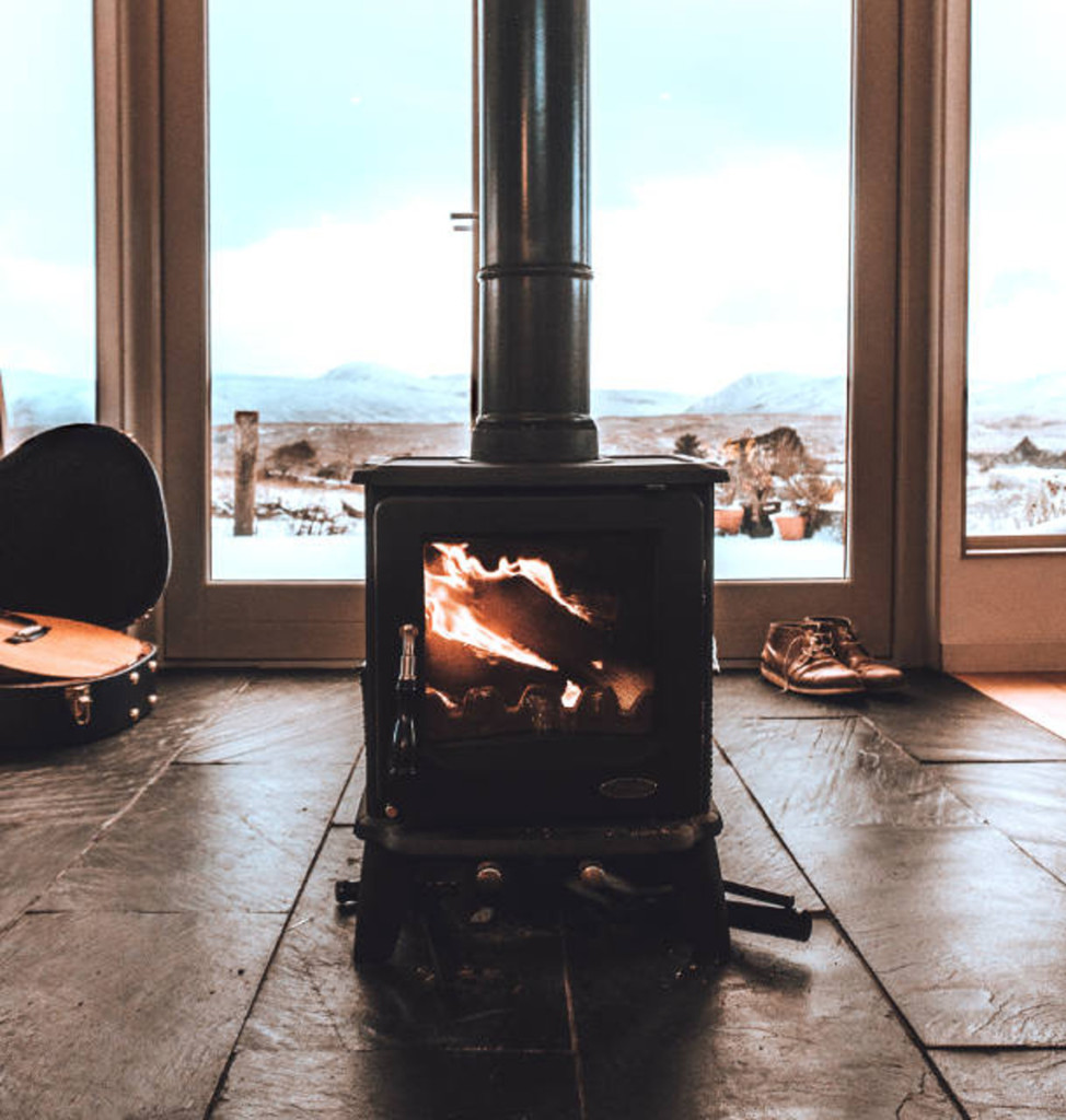 Wood stove with high ceiling