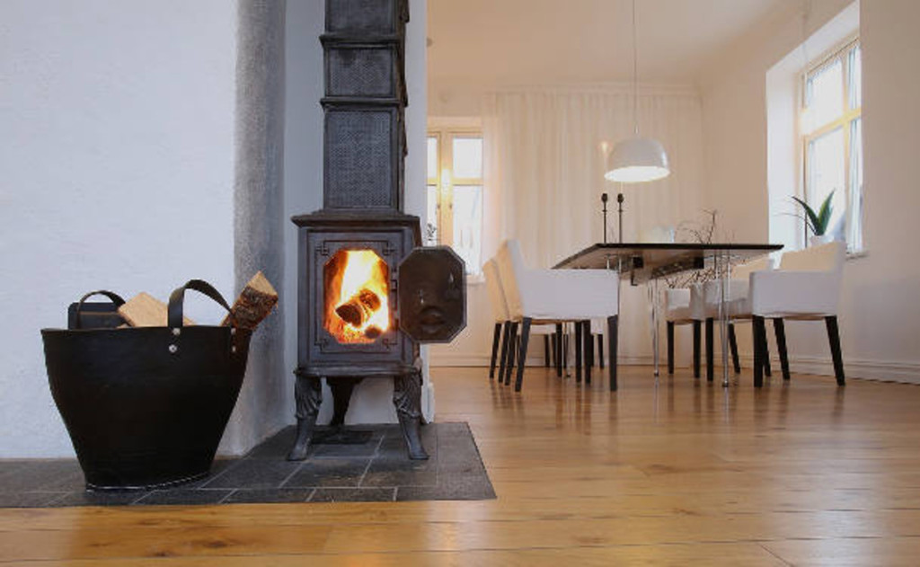 Wood stove on non-combustible surface