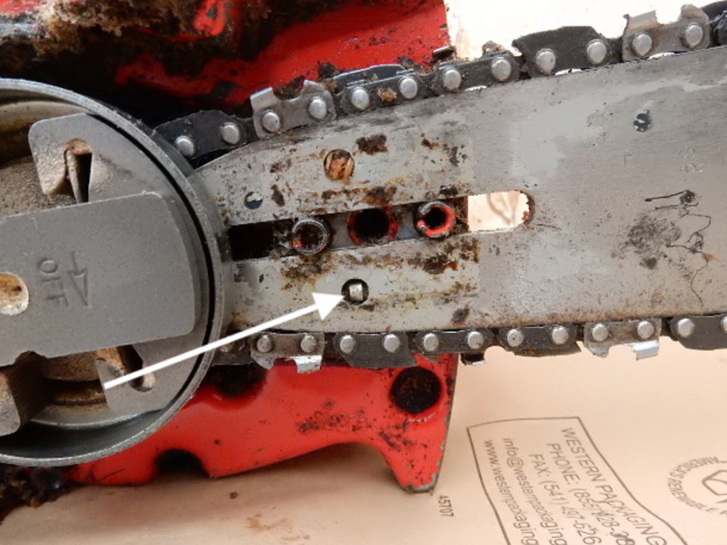 adjustment pin on chainsaw